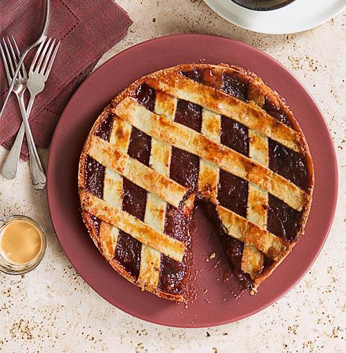 "[**Crostata di marmellata**](http://www.gourmettraveller.com.au/recipes/browse-all/crostata-di-marmellata-8710 target=""_blank"")"