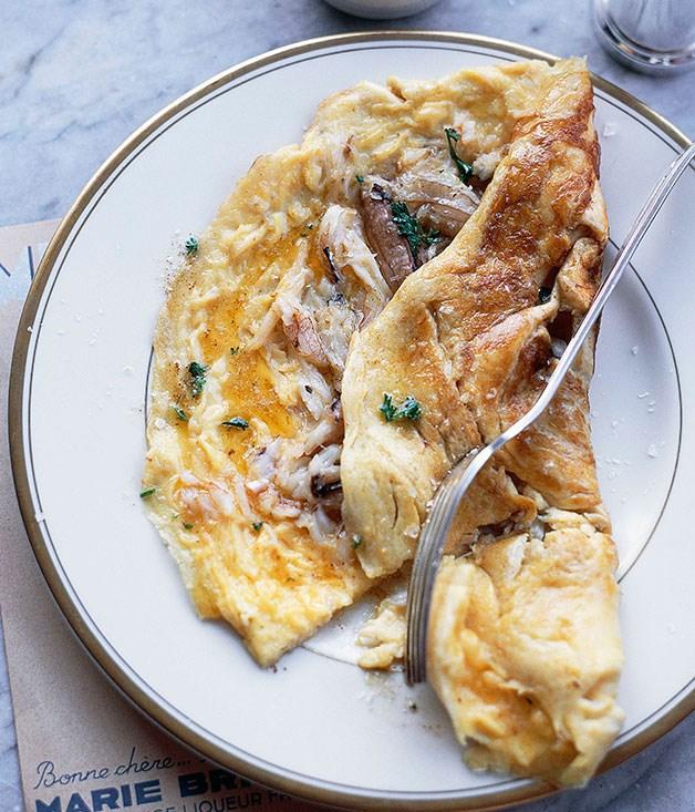 Blue swimmer crab omelette