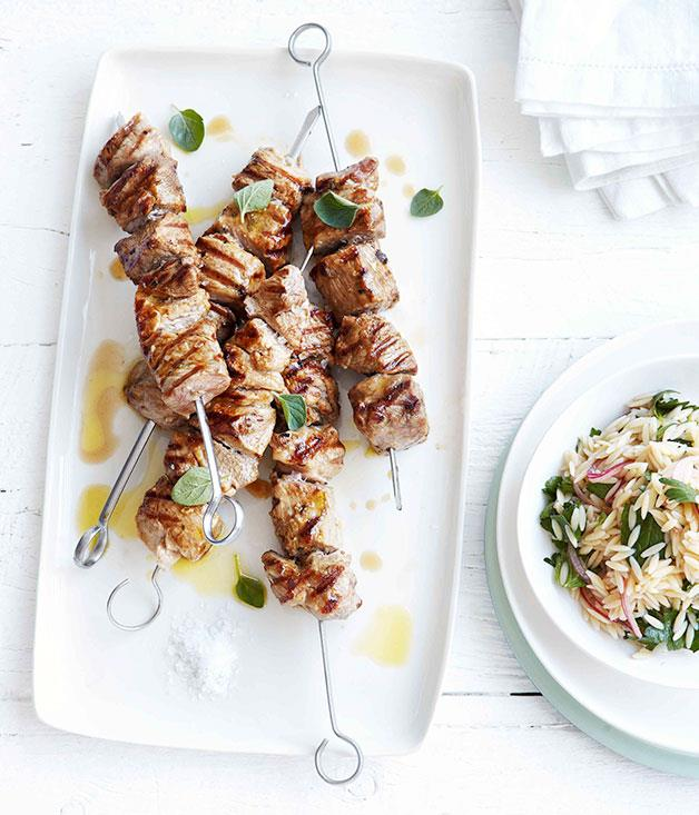 **Grilled pork neck and oregano skewers with orzo salad**