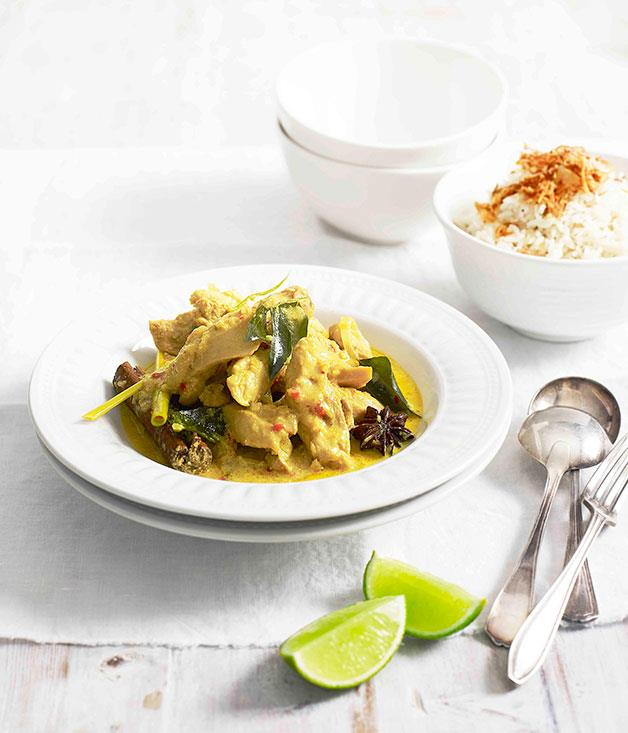 "**[Malaysian chicken curry](http://www.gourmettraveller.com.au/recipes/fast-recipes/malaysian-chicken-curry-13301|target=""_blank"")**"