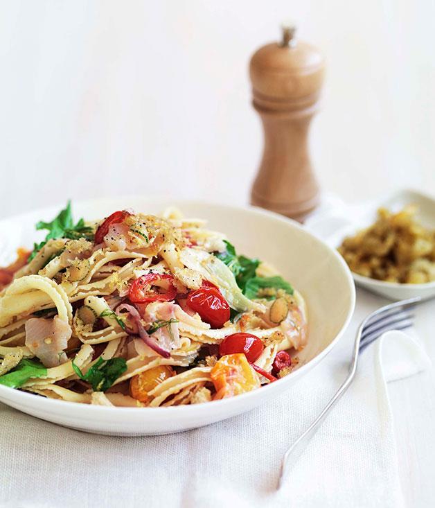 "[**Kingfish, fennel and chilli ricciutelli**](https://www.gourmettraveller.com.au/recipes/fast-recipes/kingfish-fennel-and-chilli-ricciutelli-13337 target=""_blank"")"