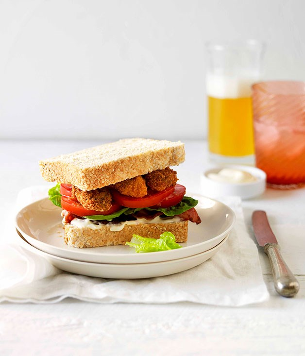 Fried oyster and bacon sandwiches with chilli mayonnaise