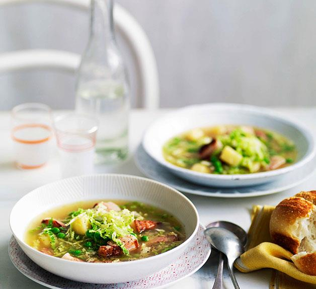 Speck, cabbage and pea soup