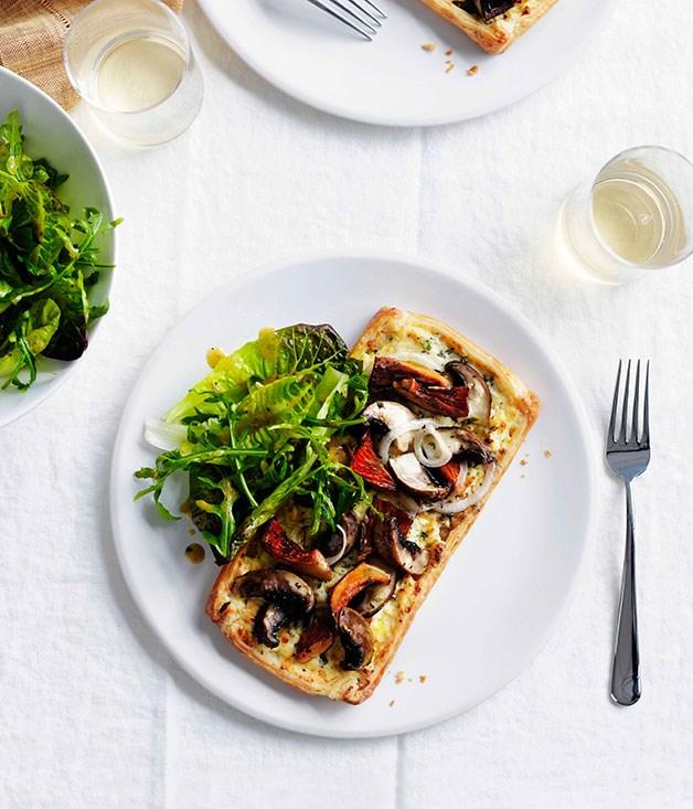 Mushroom and cheddar tart