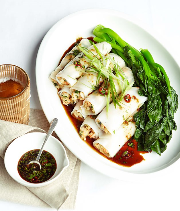 Steamed prawn rice noodle rolls with chilli, soy and garlic dressing