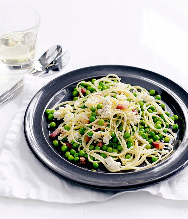 Linguine with peas, ricotta, spring onion and lemon