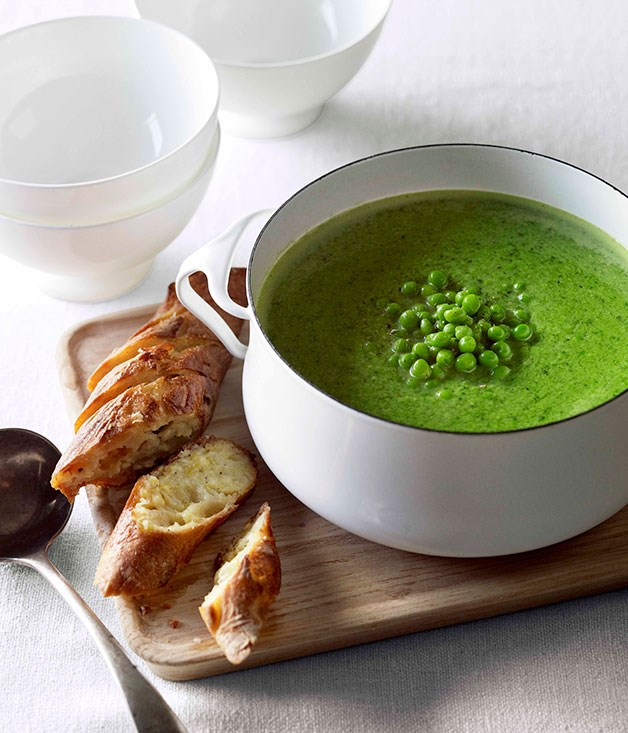 "[**Pea and fennel soup with parmesan garlic bread**](https://www.gourmettraveller.com.au/recipes/fast-recipes/pea-and-fennel-soup-with-parmesan-garlic-bread-13146|target=""_blank"")"