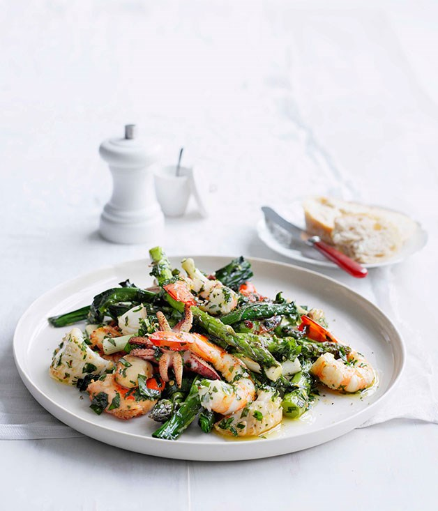 "[**Seafood salad with herb dressing**](https://www.gourmettraveller.com.au/recipes/fast-recipes/seafood-salad-with-herb-dressing-13070|target=""_blank"") <br><br> The chunky bits of prawn and cuttlefish make this salad ideal for a hearty workday lunch."