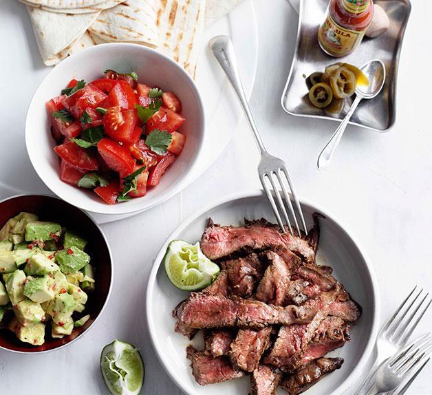 Lime and chilli skirt steak fajitas