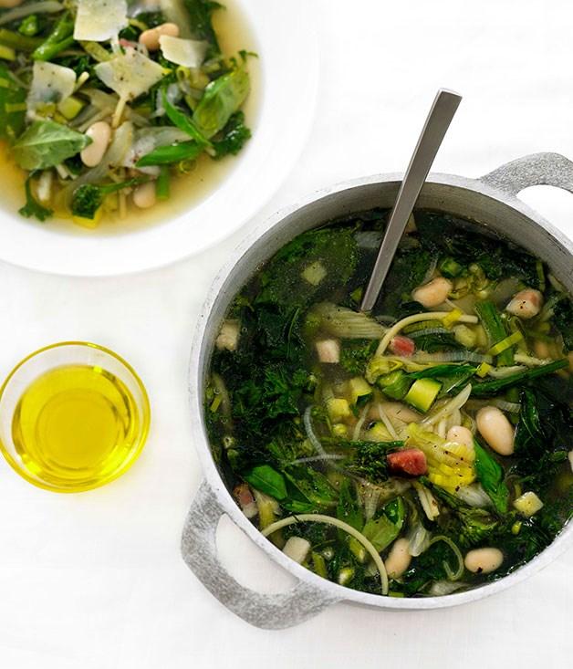 "**[Minestrone verde](https://www.gourmettraveller.com.au/recipes/fast-recipes/minestrone-verde-13033|target=""_blank"")**"
