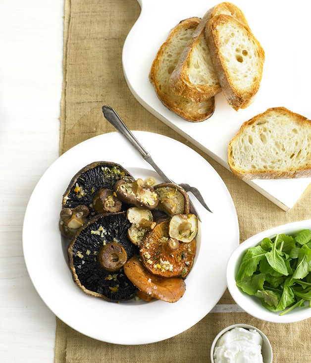 Roast mushrooms with goat's curd