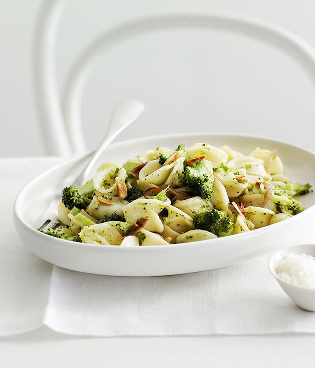Broccoli, lemon and almond orecchiette