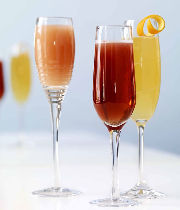 Kir Royale (centre)
