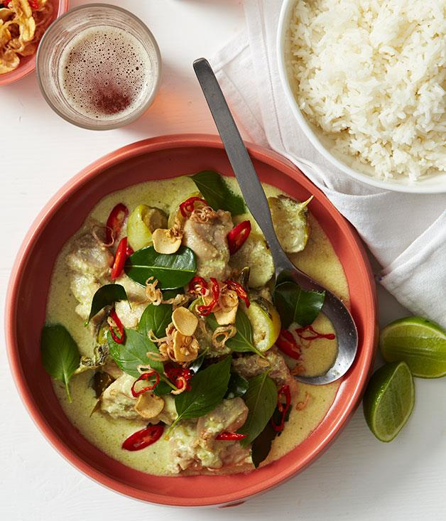 "**[Thai green chicken curry](http://www.gourmettraveller.com.au/recipes/browse-all/green-chicken-curry-14190|target=""_blank"")**"