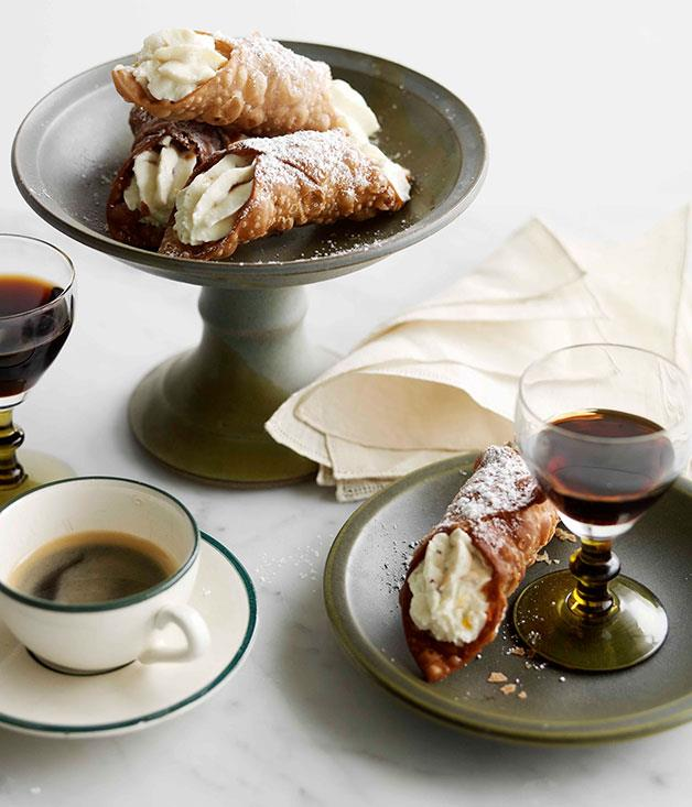 "[**Cannoli**](http://www.gourmettraveller.com.au/recipes/browse-all/cannoli-14187|target=""_blank"")"