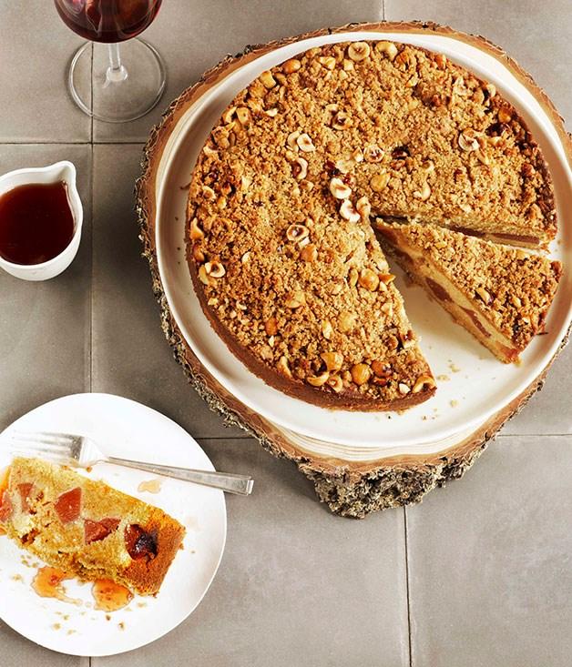 **Crème fraîche quince crumble cake** **Crème fraîche quince crumble cake**    [View Recipe](http://gourmettraveller.com.au/creme-fraiche-quince-crumble-cake.htm)     PHOTOGRAPH **PRUE RUSCOE**