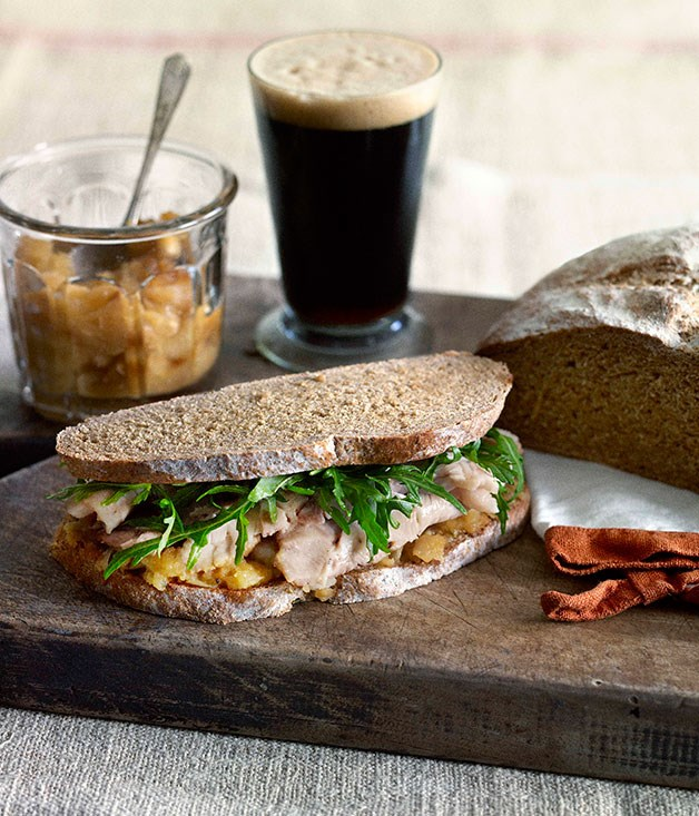 Roast pork and apple sandwich with stout