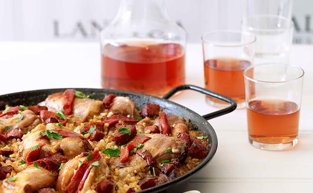 Rabbit paella with rosado