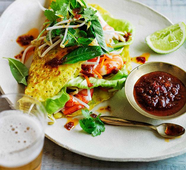 Banh xeo with prawns and pickled carrot