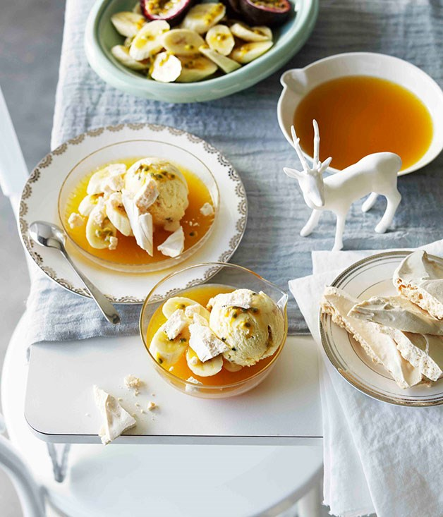 Pavlova semifreddo with banana and passionfruit