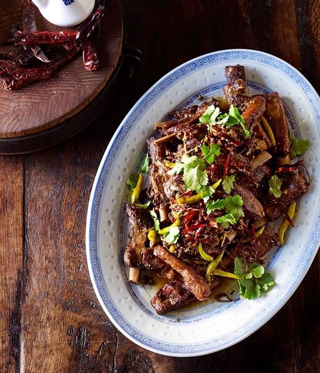 Naxi pork ribs with chillies and cumin (Naxi pai gu)