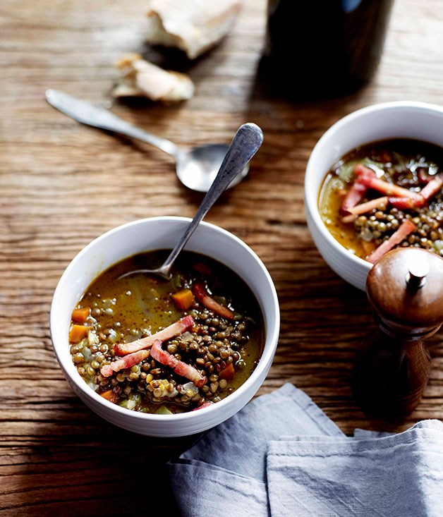 Spiced lentil soup with crisp bacon