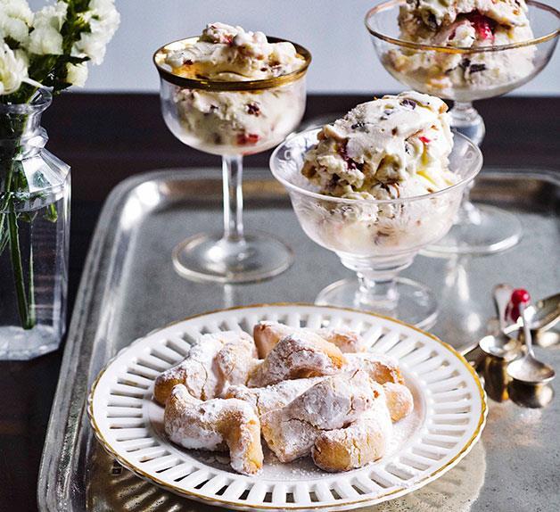 Gelato al torrone con pasta di mandorla (Nougat gelato with marzipan biscuits)