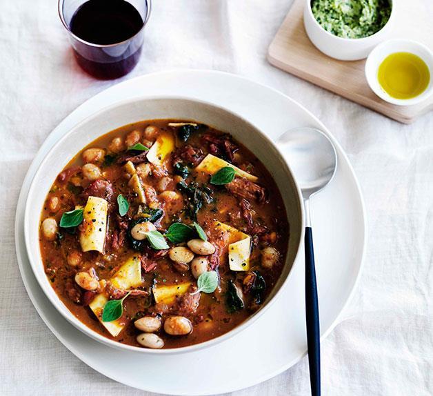 Ham hock, borlotti bean and pasta minestra with battuto lardo