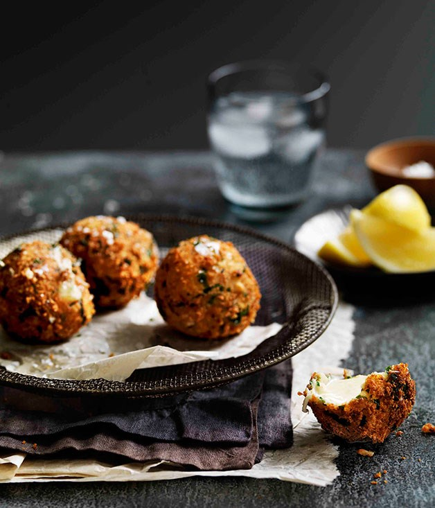 Fried bocconcini with gremolata crumbs