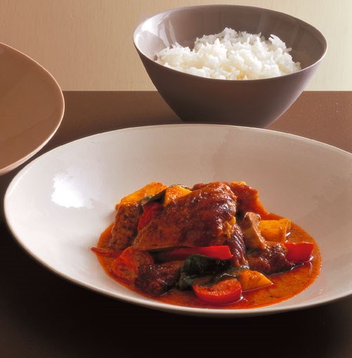 "**Neil Perry's Red curry of duck and pineapple** _Gourmet Traveller_ food editor Lisa Featherby: ""**Neil Perry's Red curry of duck and pineapple**...    [View Recipe](http://www.gourmettraveller.com.au/neil_perry_red_curry_of_duck_and_pineapple.htm)"