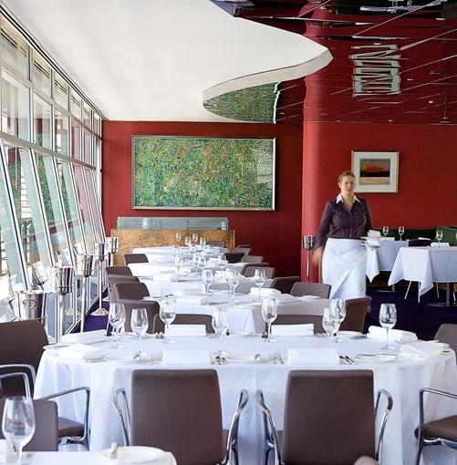 **Quay, Sydney** **Restaurant of the year 2010: Quay, Sydney**      Read about the award given to [**Sydney restaurant Quay**](http://www.gourmettraveller.com.au/restaurant-of-the-year-2010-quay-sydney.htm).      PHOTOGRAPH **TENY AGHAMALIAN**