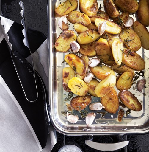**Perfect roast potatoes** **Perfect roast potatoes**    [View Recipe](http://www.gourmettraveller.com.au/perfect-roast-potatoes.htm)     PHOTOGRAPH **CHRIS CHEN**