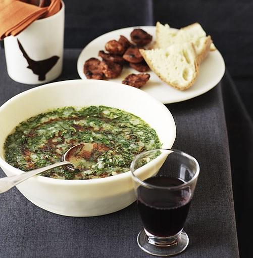 **Caldo verde** **Caldo verde**    [View Recipe](http://gourmettraveller.com.au/caldo_verde_.htm)     PHOTOGRAPH **WILLIAM MEPPEM**