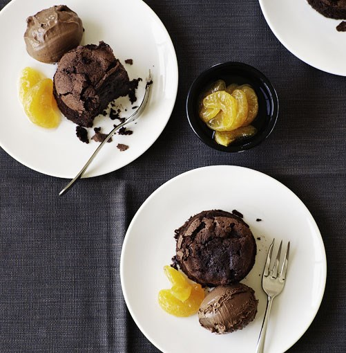 **Chocolate mud cakes with chocolate and mandarin ice-cream** Chocolate mud cakes with chocolate and mandarin ice-cream  [   View Recipe](http://www.gourmettraveller.com.au/chocolate_mud_cakes_with_chocolate_and_mandarin_icecream.htm)  PHOTOGRAPH WILLIAM MEPPEM