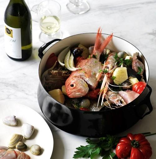 **Zuppa di pesce** **[Zuppa di pesce](http://gourmettraveller.com.au/fish_soup_zuppa_di_pesce.htm)**      [](http://gourmettraveller.com.au/fish_soup_zuppa_di_pesce.htm)      PHOTOGRAPH **WILLIAM MEPPEM**