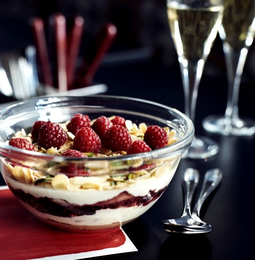 **Zuppa Inglese** **[Zuppa Inglese](http://www.gourmettraveller.com.au/zuppa_inglese.htm)**      [](http://www.gourmettraveller.com.au/zuppa_inglese.htm)      PHOTOGRAPH **SHARYN CAIRNS**