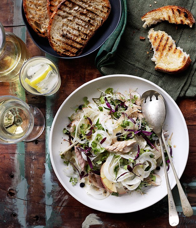 Smoked mackerel with Marsala currants and shaved fennel