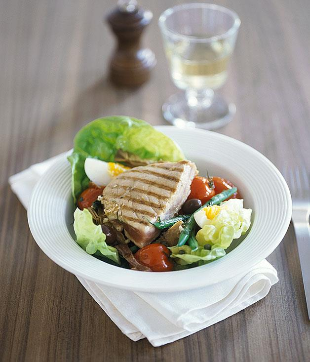 **Nice: Tuna and artichoke salad Nicoise**