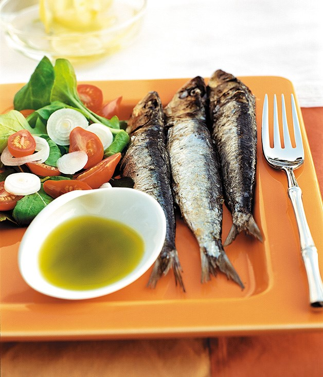 Grilled sardines with rocket oil