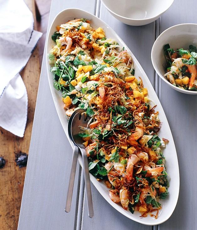 Salad of king prawns, green papaya, shallots, lime, peanuts, chilli and mint