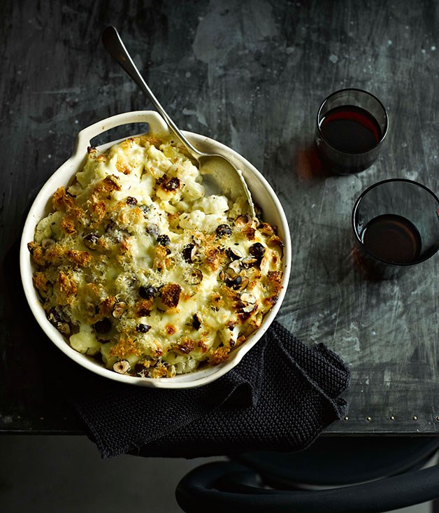 Cauliflower mac and cheese with hazelnuts