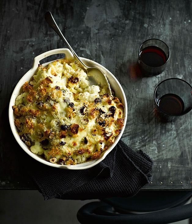 "**[Cauliflower mac and cheese with hazelnuts](https://www.gourmettraveller.com.au/recipes/fast-recipes/cauliflower-mac-and-cheese-with-hazelnuts-13367|target=""_blank"")**"