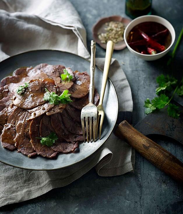 Sichuan braised beef slices (Wu xiang niu rou)