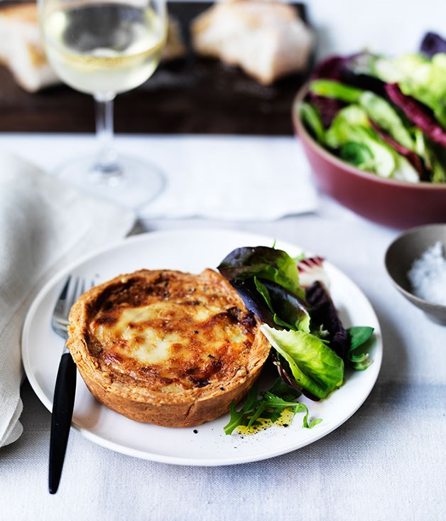 Potato, leek and Gruyère pies