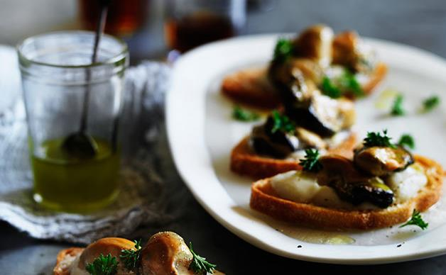 Smoked oyster crostini with cauliflower and fennel cream
