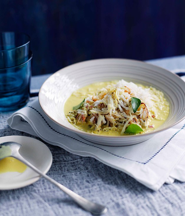 **Crab and coconut broth**