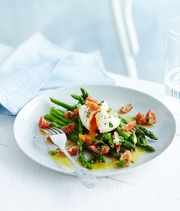 Roast asparagus with poached egg and sauce vierge