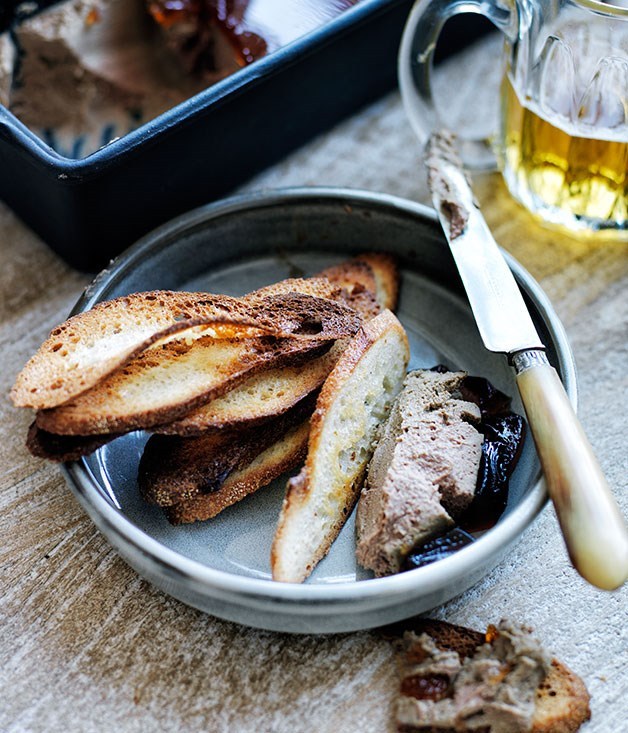 Duck-liver pâté croûtes