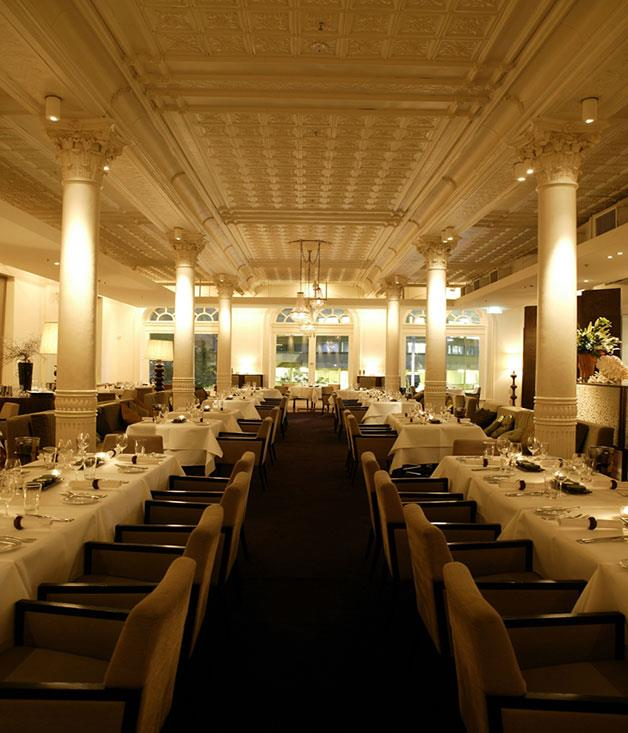"[**Est.**](https://www.gourmettraveller.com.au/dining-out/restaurant-reviews/est-6793|target=""_blank"") Yes, that's a $45 entrée. But make no mistake: at Est., perhaps more than any other restaurant in its rarefied class, it's clear where the money goes."