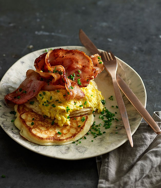 Sweet creamed corn with buttermilk pancakes and bacon